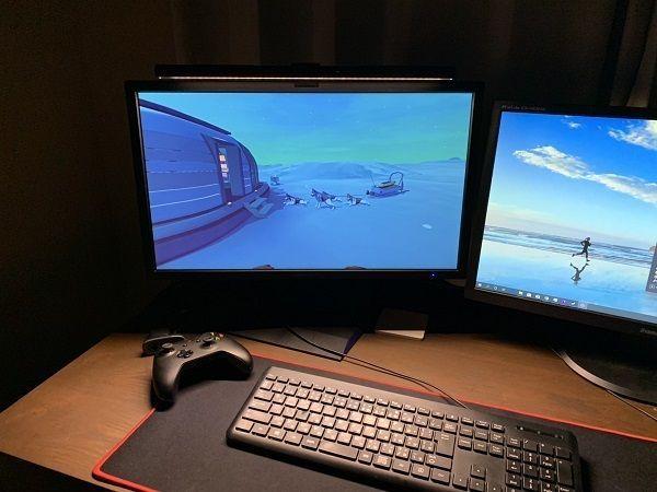 長時間のゲームに最適!モニターに掛けるだけの省スペースなライト「BenQ ScreenBar」をレビュー!